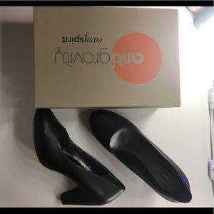 Black comfy heels